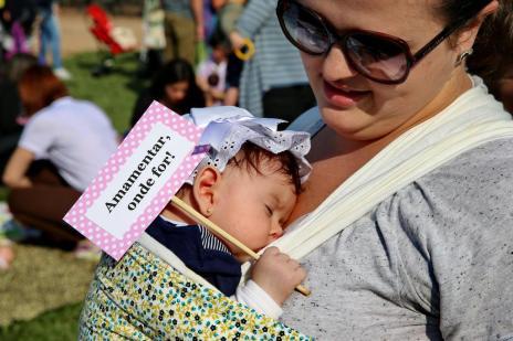 Hora do mamaço incentiva aleitamento materno em Porto Alegre (Júlio Cordeiro/Agencia RBS)