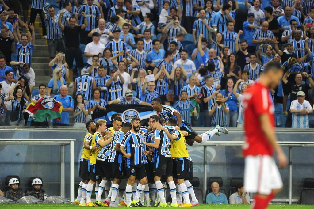 Grêmio humilha o Inter e aplica goleada histórica no Gre-Nal Diego Vara/Agencia RBS