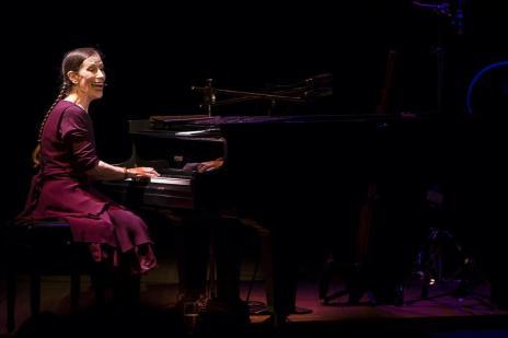 Opinião: Meredith Monk conduziu o público de Porto Alegre para outro tempo em show memorável (Mariano Czarnobai/Divulgação PMPA)
