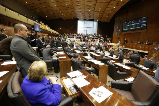 Governo quer garantir votação de 10 projetos terça-feira na Assembleia Lauro Alves/Agencia RBS