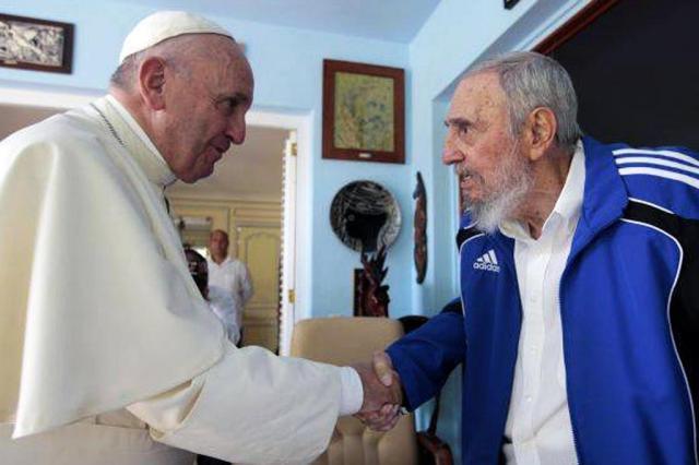 Papa Francisco e Fidel Castro se reúnem em Havana HO/CUBADEBATE/AFP