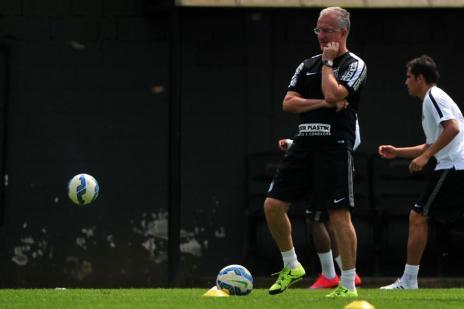 """Dorival lamenta jogo contra o Flamengo em Cuiabá: """"Torcida totalmente contra"""" (Ivan Storti/Santos FC/Divulgação/)"""