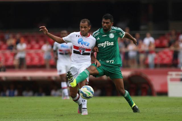 Em falha de Rogério Ceni, Palmeiras empata com o São Paulo no final da partida São Paulo.net/Divulgação/