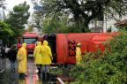 Imagens de câmeras de segurança mostram acidente no Menino Deus Omar Freitas/Agencia RBS