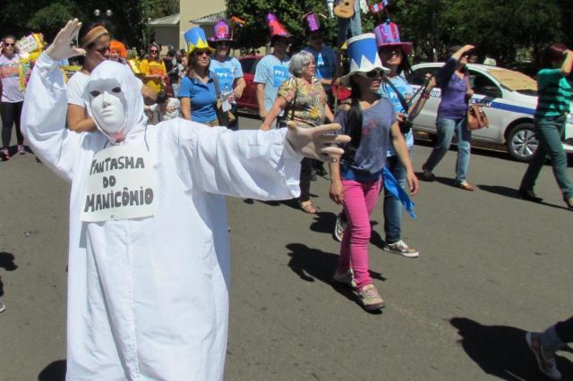 Parada do Orgulho Louco divide profissionais de saúde Paulo André Dutra/Divulgação
