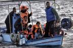 Pescadores gregos temem pegar corpos de crianças migrantes em suas redes ARIS MESSINIS/AFP