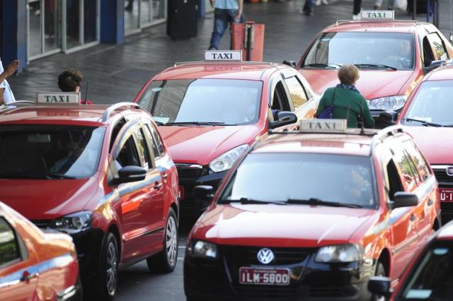 EPTC encaminha proposta que permite a taxistas oferecer descontos nas corridas Ronaldo Bernardi/Agencia RBS
