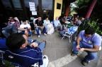 Famílias se revezam há 72 horas para garantir vagas em escola de Sapucaia do Sul Ronaldo Bernardi/Agencia RBS