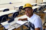 O lado universitário do atacante Pedro Rocha