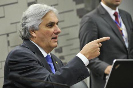 Senado Federal mantém prisão do senador Delcídio Amaral (Geraldo Magela/Agência Senado)