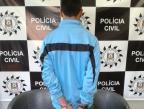 Jovem assalta pedestres, vai à escola, sai no intervalo e é preso com arma Polícia Civil/Divulgação