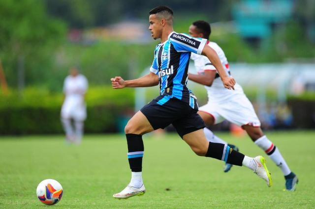Quais jogadores do sub-20 podem servir ao time principal do Grêmio Diego Vara/Agencia RBS