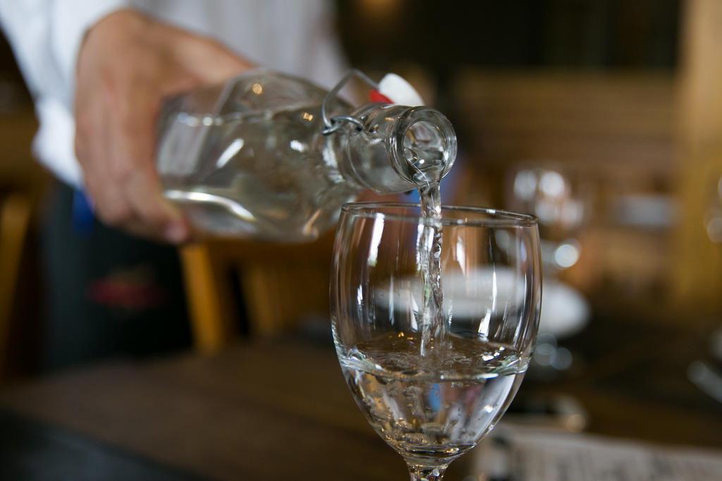 Projeto que obriga restaurantes a oferecerem água potável grátis aos clientes promete causar polêmica Andréa Graiz/Agencia RBS