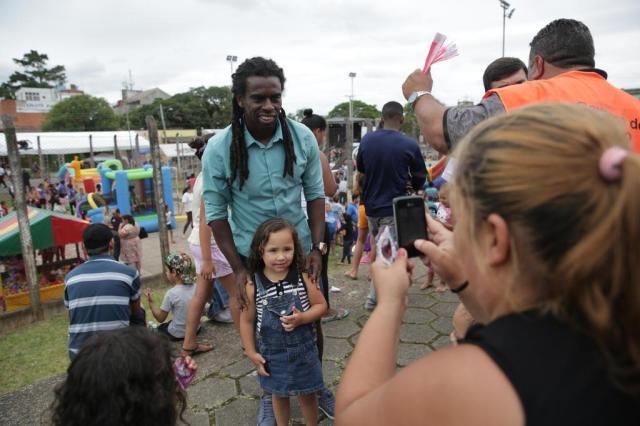 Como Organizar Uma Festa Da Familia Na Escola Final De Ano: Tinga Organiza Festa Para O Dia Da Família Na Restinga