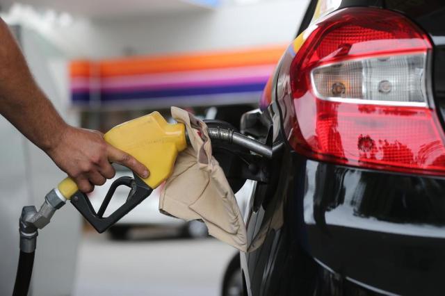 Gasolina e diesel terão novo aumento de preços no Estado Cristiano Estrela/Agencia RBS