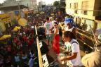 Luís Augusto Fischer: alegria de Carnaval (Carlos Macedo/Agencia RBS)