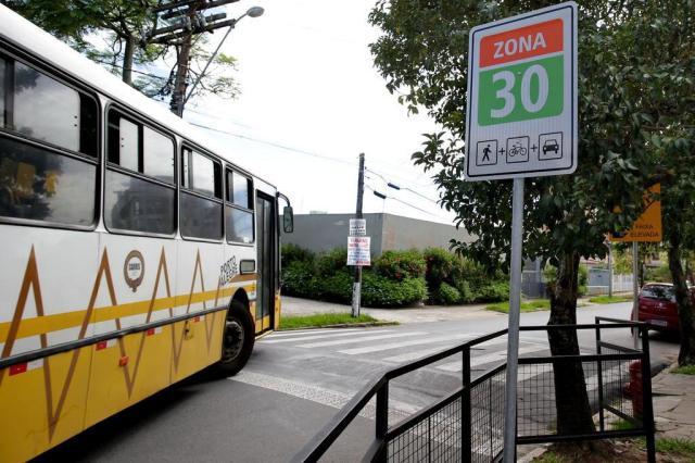 Porto Alegre deve ter zona com velocidade máxima de 30 km/h até o fim de fevereiro Fernando Gomes/Agencia RBS