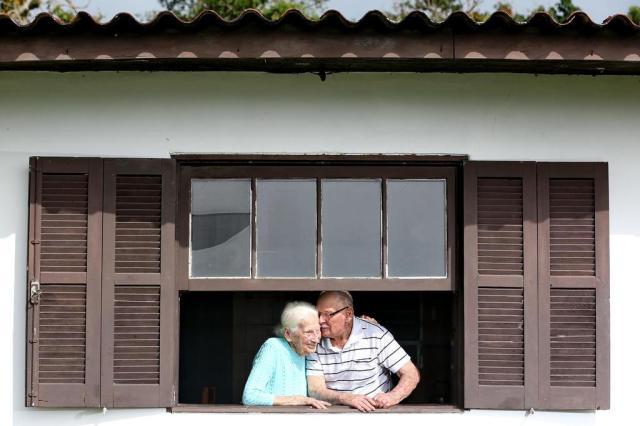 Casal centenário de Torres conta os segredos de 81 anos de união Diego Vara/Agencia RBS