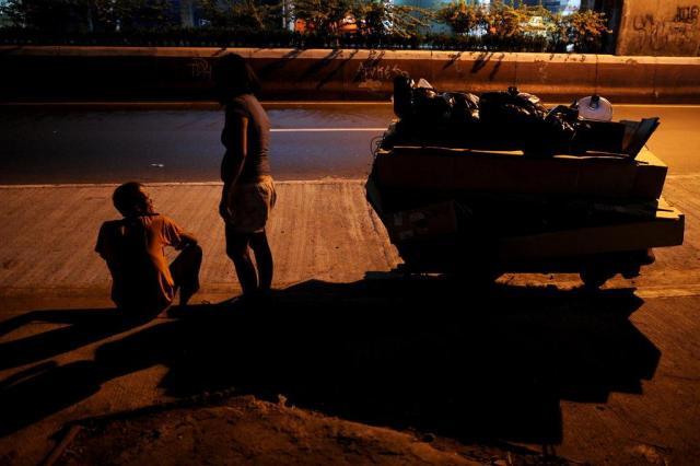 Por que as desigualdades econômicas crescentes ameaçam a sociedade e a democracia NOEL CELIS/AFP