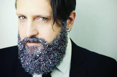 Resultado de imagem para purpurina barba