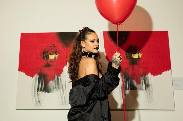 """Em """"Anti"""", Rihanna abandona os hits dançantes e aposta na própria voz Christopher Polk/Divulgação"""