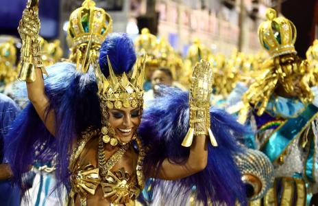 Com Sabrina Sato, Unidos de Vila Isabel abre segundo dia de Carnaval no Rio (WILTON JUNIOR/ESTADÃO CONTEÚDO)