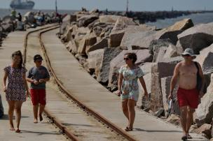 Espaço e liberdade atraem turistas de longe à praia do Cassino Lauro Alves/Agencia RBS