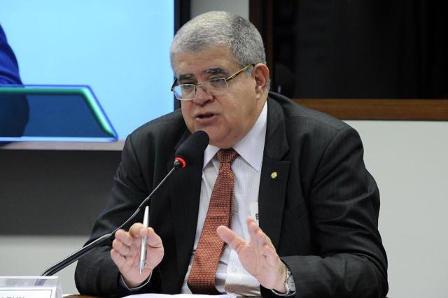"""ÁUDIO: """"Nenhum brasileiro vai se aposentar antes dos 60"""", diz presidente da Comissão da reforma da Previdência Luis Macedo/Câmara dos Deputados"""