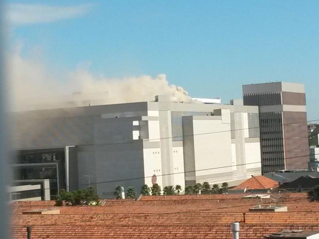 Shopping Bourbon Wallig é evacuado por princípio de incêndio Arquivo Pessoal/Divulgação
