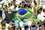 Manifestações anti e pró-governo pelo Brasil