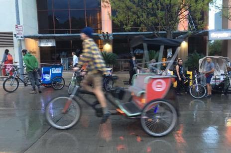 Luciano Potter: pedicabs são alternativa de transporte em Austin (Luciano Potter/Agencia RBS)