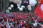 Milhares de manifestantes saem às ruas contra o impeachment Paulo Pinto/Divulgação