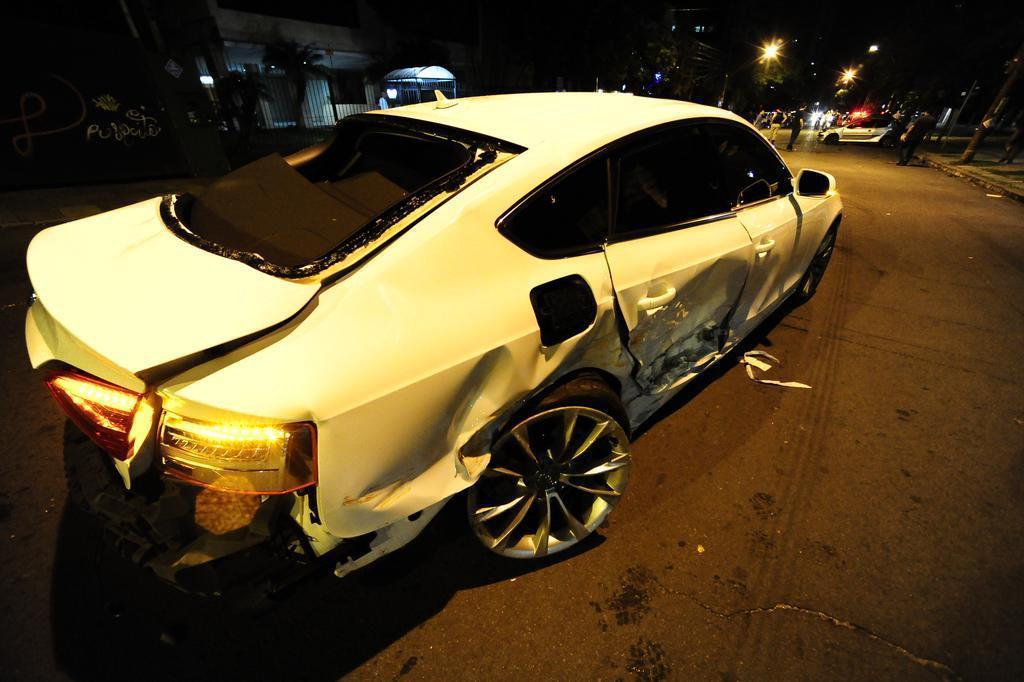 Dono de carro que provocou atropelamento se apresenta à polícia, mas fica em silêncio Ronaldo Bernardi/Agência RBS