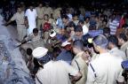 Incêndio em templo deixa mais de cem mortos na Índia STR/AFP