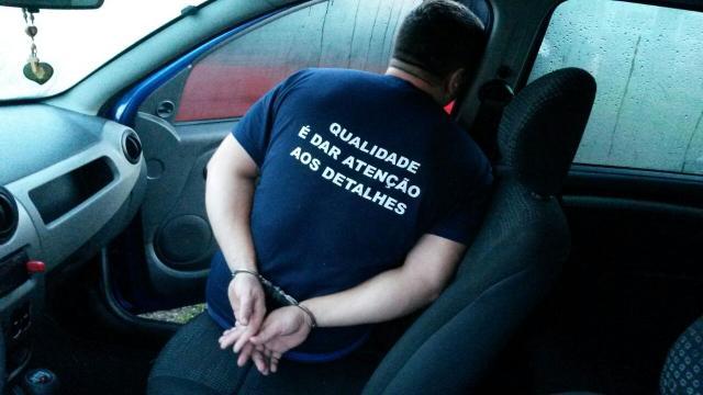 Presa quadrilha que desviava armas de empresa em São Leopoldo Ronaldo Bernardi /Agência RBS