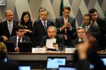 Comissão do Senado aprova parecer favorável ao impeachment de Dilma