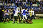 Briga de torcedores do CSA e CRB termina com feridos graves na final do Alagoano Pei Fon/TNH1/ Agência Lance