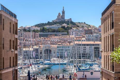 Conheça diferentes facetas da França nas cidades de Marselha, Nimes e Lourdes (Robert Palomba,Atout France/Divulgação)