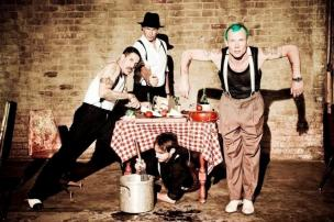 "Ouça: Red Hot Chili Peppers revela nova música, ""The Getaway"" Ellen von Unwerth/Divulgação"