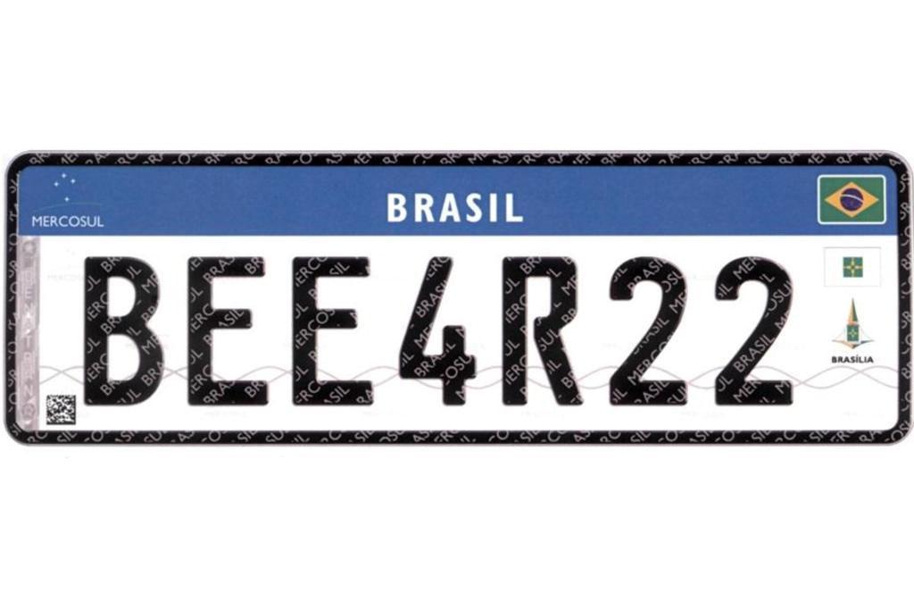 Contran determina que todos os veículos deverão ter placas no padrão Mercosul até 2020 Reprodução/Reprodução