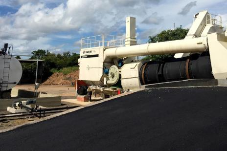 Com usinas de asfalto paradas, prefeitura de Porto Alegre comprará matéria-prima do Paraná (Luciana Turela/Divulgação/PMPA)