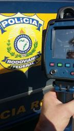 PRF flagra mais de 840 acima da velocidade neste sábado Divulgação/PRF