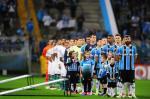 Grêmio ganha do Coritiba e assume a liderança do Brasileirão
