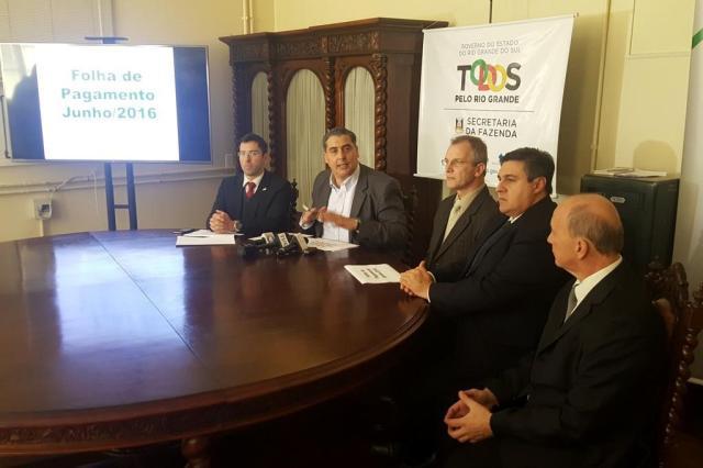 Pela quinta vez no ano, servidores receberão salários parcelados Caetanno Freitas/Agência RBS