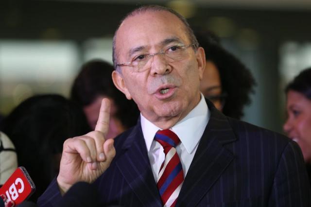 Resultado de imagem para Padilha reafirma que não haverá aumento de impostos em 2017
