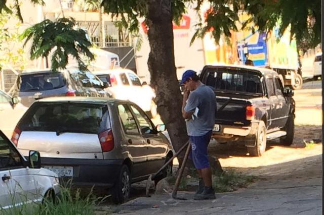 Sem fiscalização do DEP, limpeza terceirizada é superfaturada na Capital Adriana Irion/Agência RBS