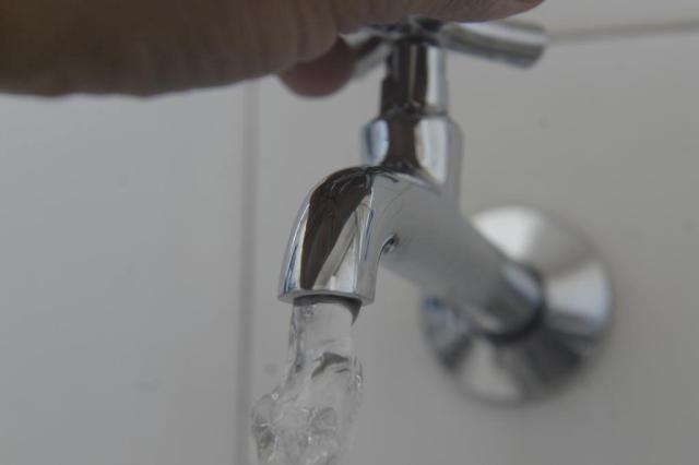 Resultados de testes não explicam alterações na água de Porto Alegre; Dmae quer mudar ponto de captação Salmo Duarte/Agencia RBS