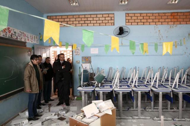 Estado promete recuperar em um mês escola destruída por vandalismo na Capital Carlos Macedo/Agencia RBS