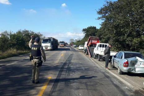 Engavetamento deixa seis feridos na BR-290, em Eldorado do Sul (Divulgação/Polícia Rodoviária Federal)