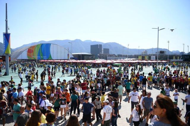 Justiça bloqueia bens de empresa responsável por transmissão da Olimpíada FRANCK FIFE/AFP